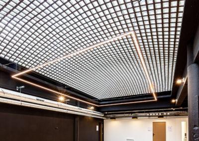 Nouveau campus pour répétitions et spectacles pour Cours Florent Paris par Zebrandco